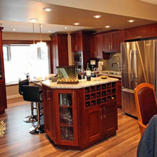 Traditional Kitchen by Rick's Custom Cabinets & Renovations LTD.