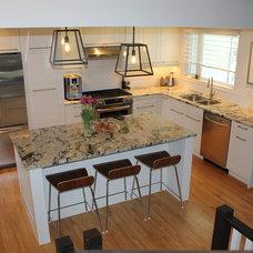 Modern Kitchen by Straight Up Developments Ltd