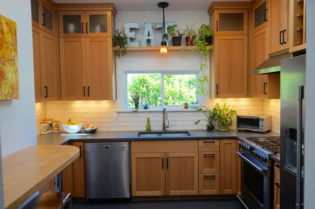 Kitchen Of The Week Scads Of Storage In 110 Square Feet