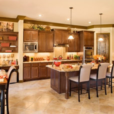 Mediterranean Kitchen by Sitterle Homes