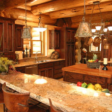 Traditional Kitchen by Inside Eye Design