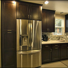 Contemporary Kitchen by SOD BUILDERS, INC.