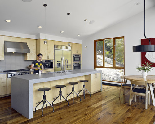 Gray backsplash kitchen design ideas renovations photos - Kitchen appliances san francisco ...