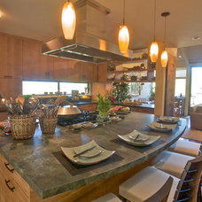 Asian Kitchen by SoYoung Mack Design, Assoc. AIA