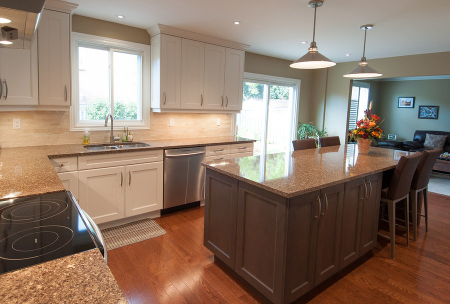 Millcroft Transitional Kitchen