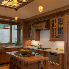 Craftsman Kitchen by Treve Johnson Photography