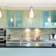 Modern Kitchen by Bubbles Bathrooms