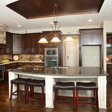 Contemporary Kitchen by Covenant Custom Homes
