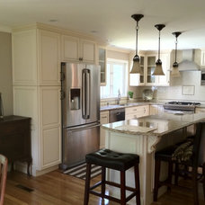Traditional Kitchen by Interior Expressions/ Nardelli Home Decor