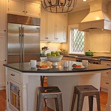 Traditional Kitchen by MATTHEW KRIER - Design Group Three - Milwaukee