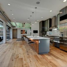 Contemporary Kitchen by Forza Construction Inc