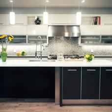 Contemporary Kitchen by Avonbridge Interiors
