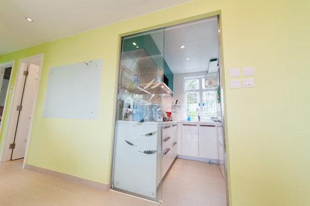 Modern Kitchen by EINZI unique kitchen solution