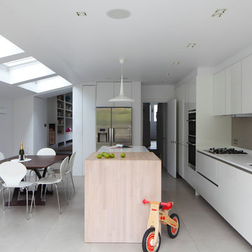 Minimal and Contemporary North London Kitchen Extension