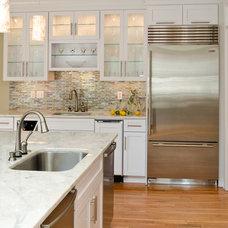 Modern Kitchen by Custom Kitchens Inc