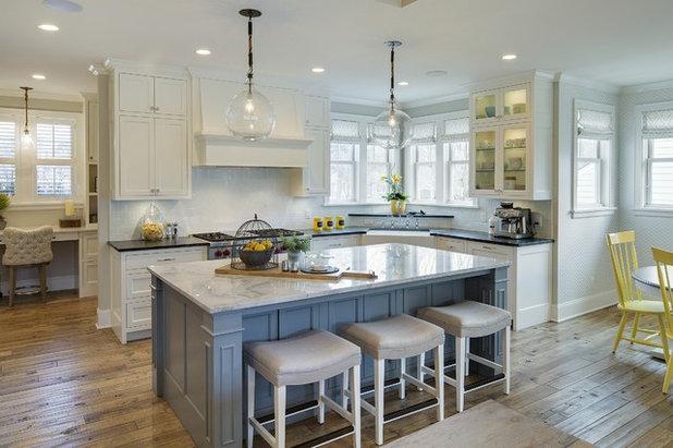 Кантри Кухня by Filament Lighting & Home