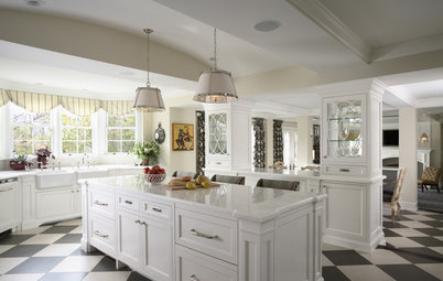 Graphic Black and White Kitchens for 10 Styles