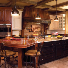 Traditional Kids by Sawhill Kitchens