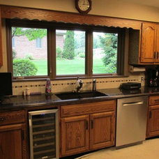 Traditional Kitchen by Artisan Custom Woodwork LLC.