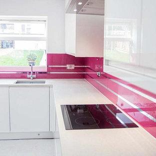 """""""MIRROR STRIPES- TELEMAGENTA"""" Glass Kitchen Splashback by CreoGlass Design"""