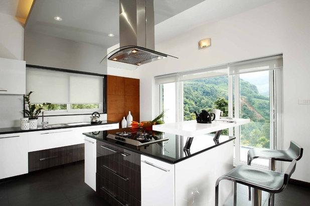 Contemporary Kitchen by Savio & Rupa Interior Concepts (Bangalore)
