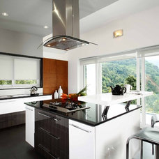 Contemporary Kitchen by Savio & Rupa Interior Concepts (Bangalore)
