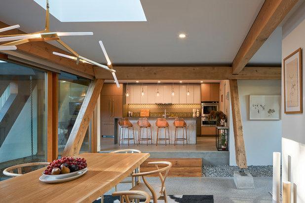 Midcentury Kitchen by Lanefab Design/Build