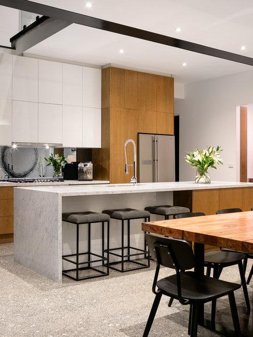 Medium sized galley kitchen design ideas renovations photos - Medium sized kitchen design ideas ...