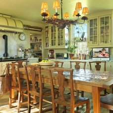 Farmhouse Kitchen by Nat Rea Photography