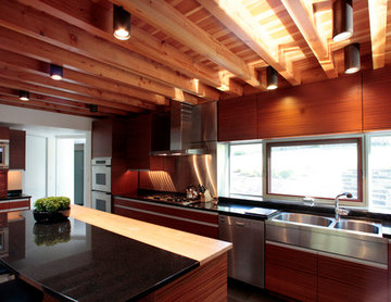 Mixing Wood in a Kitchen Design
