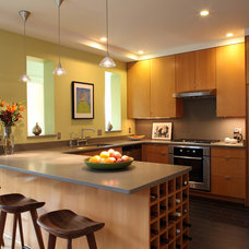 Contemporary Kitchen by Kamm Architecture