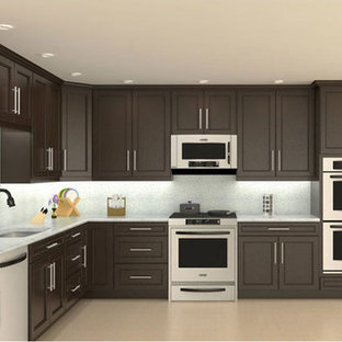 Contemporary kitchen appliance - Inspiration for a contemporary kitchen remodel in San Francisco