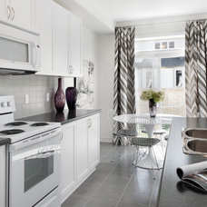 Contemporary Kitchen by Tartan Homes