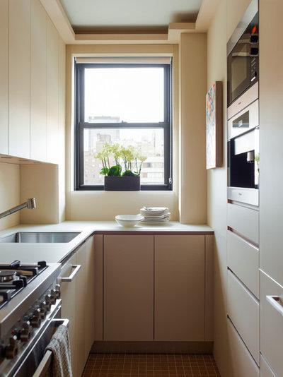 Küchenplanung schmale küche  9 Tipps, wie Sie eine kleine schmale Küche einrichten