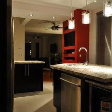 Modern Kitchen by Isabel Beattie @ K Cabinets Oakville