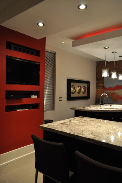 Modern Kitchen by Isabel Beattie @ K Cabinets Oakville