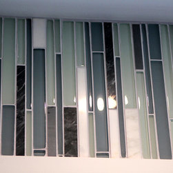 Modern Backsplash Tile - Beautiful glass linear tile for the area around the windows from countertop to ceiling.