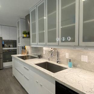 Modern bright kitchen, Newmarket