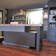 Modern Kitchen by Elizabeth Monical Interior Design