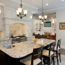 Craftsman Kitchen by Beaconstreet Builders, Inc.