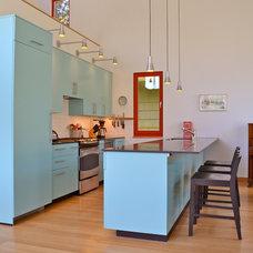 Contemporary Kitchen by Paul Michael Davis Design