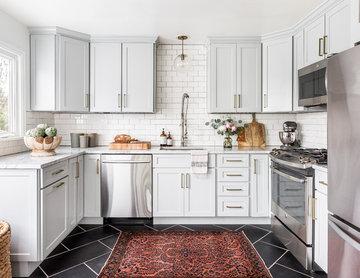 Modern Classic Gray Kitchen