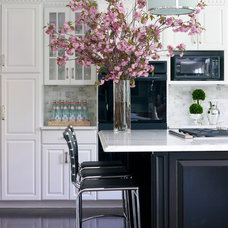 Modern Kitchen by Susan Glick Interiors