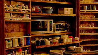 Modern Colonial Kitchen