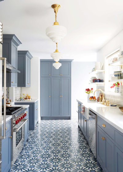 Transitional Kitchen by clé tile