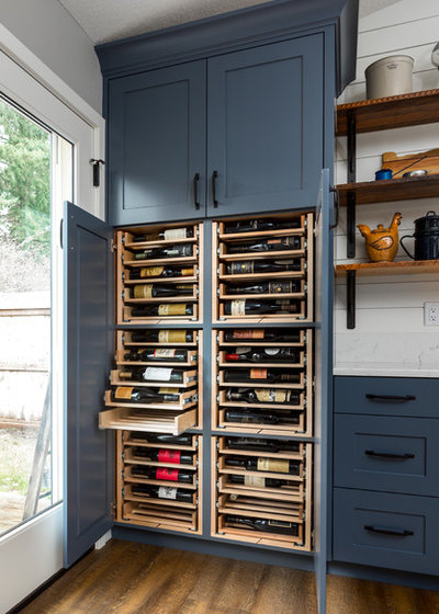 6 Hardware Styles to Pair With Deep-Blue Shaker Cabinets