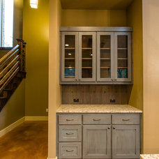 Farmhouse Kitchen by Barron Custom Design, LLC