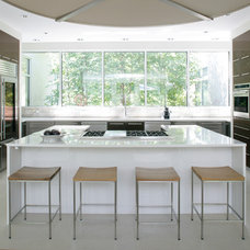 Contemporary Kitchen by Bruce D. Nagel Architect