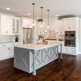 Farmhouse Eat In Kitchen Ideas   Country L Shaped Dark Wood Floor And Brown