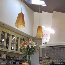 Kitchen by Tali Hardonag Architect